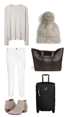 Winter whites ski trip outfit. What to pack for a Ski Trip. 20 items, 10+ days/outfits, 1 carry on suitcase. #travellight #packingtips #traveltips