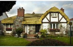 Hobbit House for sale in Vancouver...$2.86 million.