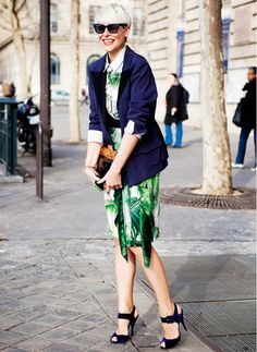 Transition tropical prints into fall by throwing over a navy blazer. // #StreetStyle #LeafPrint