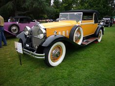 Packard 745 Cabriolet  Cars had so much style those days!