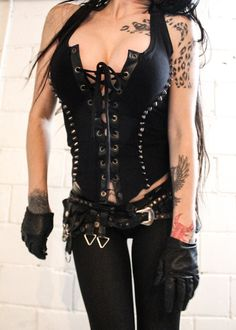 TOXIC VISION Commander studded top