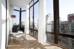 Serennia Apartment - Ronda Universitat Two bedrooms