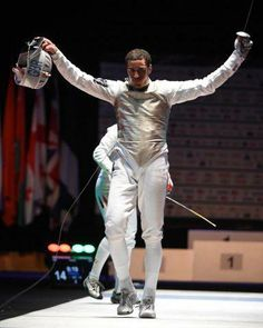 Love this guy! Its James Davis, part of the UK's fencing team and Men's Foil Champion of Europe! Currently he's trainin in San Francisco with the Massialas Foundation. Thanks to @Federscherma for the image.