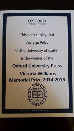"""Patrycja Pałys (Box Hill 2012-2014) która studiuje prawo na uniwersytecie w Exeter otrzymała po pierwszym roku nagrodę Oxford University Press Victoria Willians Memorial Prize. Jak to napisane zostało w liście z uniwersytetu """"it is awarded annually to the most promising first year female of potential"""""""
