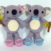 Karl and Karla Koala what a lovely couple! #crochetpattern #crochet