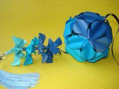 Kusudama Firefly de Ekaterina Lukasheva com flores de Ricardo Coletto - dobrados por mim