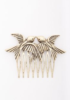 So in Love Hair Comb. Youre bound to fall head over heels for this beautiful hair comb. #gold #modcloth