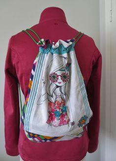 Sac à dos coloré, sac à chaussures, sac à vêtements - fait de tissus recyclés par JacquardVichy sur Etsy Couture, Drawstring Backpack, Backpacks, Etsy, Fashion, Shoe Bag, Bags, Scrap Fabric, Fabrics