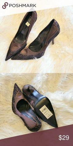 "Carlos Santana satin and lace pumps sz 9 Beautiful brown satin with black lace accents 4"" pumps.  Never worn, with tag but no box. Carlos Santana Shoes Heels"