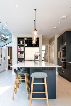(Find out more by clicking on the image) Kitchen Interior, New Kitchen, Kitchen Dining, Kitchen Ideas, Hall House, Crittall, Victorian Terrace, Extension Ideas, Light Architecture