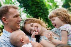 """Padre y madre, ¿qué aportan cada uno? Entrevista a la autora de """"Padres destronados. La importancia de la paternidad"""", María Calvo"""