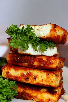 Garlic paneer recipes is one of my favorite recipes.It can be prepared with very less effort and in less time.both text and video versions of the recipe . Paneer Snacks, Paneer Dishes, Paneer Recipes, Veg Recipes, Indian Food Recipes, Vegetarian Recipes, Snack Recipes, Cooking Recipes, Healthy Recipes