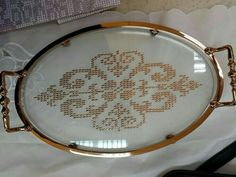 This Pin was discovered by sem Cross Stitch Borders, Cross Stitching, Cross Stitch Patterns, Embroidery Patterns, Hand Embroidery, Knitting Patterns, Needlepoint, Needlework, Diy And Crafts