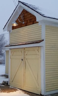 galvanized gooseneck lights with guard add rustic touch to barn barn light electric blog barn lighting create rustic