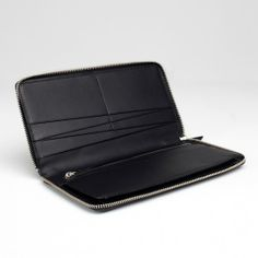 Everlane, The Slim Zip Black, Transparent supply chain. Ethically manufactured. #ethicalfashion #transparentfashion