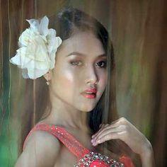 Romance tours to Chongqing, China - Romance Tours - Meet Women for Marriage Thai Brides, Thai Dating, Chinese Bride, Beautiful Chinese Women, Crop Pictures, Meet Women, Asian Woman, Marriage, Casamento