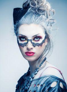 """Vampire's Eyes to Kill"" Make-up by Julita Oleńska, photo by Przemek Sejwa of Studio Wasabi"