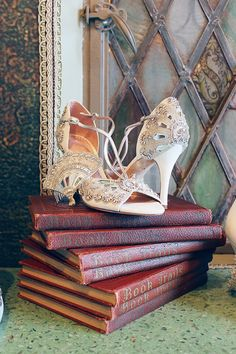 Claire Pettibone and Emmy Shoes: A Touch of Wedding Heaven At 'The Castle'