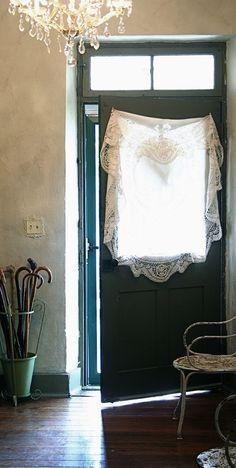 #lace curtain http://www.amazon.com/The-Reverse-Commute-ebook/dp/B009V544VQ/ref=tmm_kin_title_0
