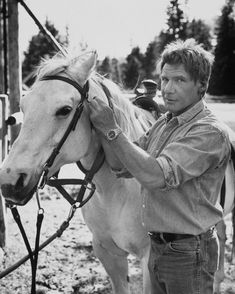 Harrison Ford with a horse Harrison Ford Indiana Jones, Indiana Jones Films, William Christopher, Wow Photo, Pleasing People, Tom Selleck, Star Wars, Actor John, Indie Movies