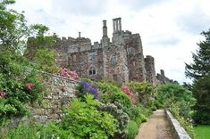 Berkeley Castle, Gloucestershire, England. Probably one of the best castles in England.