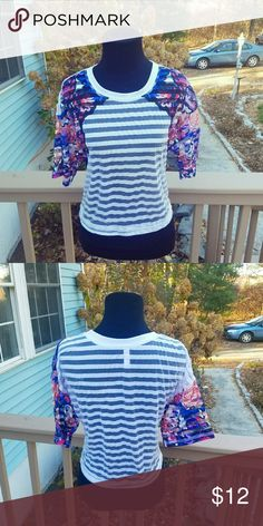 Beautiful Striped Floral Sleeve Top In excellent condition. Super cute. Tops Blouses