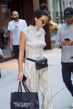 Kendall Jenner Wants to Make the Fanny Pack Happen