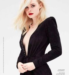 Actress Elle Fanning lands the October 2017 cover of ELLE France. Photographed by Dusan Reljin, the blonde beauty poses in a denim jacket and jeans from A. In the accompanying shoot, Elle wears elegant Look Kylie Jenner, Dakota And Elle Fanning, Elle Magazine, Blonde Beauty, Celebs, Celebrities, Emma Watson, American Actress, Glamour