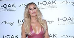 Khloe Kardashian: «Καυτή» εμφάνιση με λάτεξ φόρεμα σε πάρτι γενεθλίων!