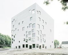 Bildraum S 129 by Italian photographer Walter Niedermayr depicting Sanaa's school of management in Essen, Germany.