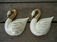Cameron Pottery Swan Wall Pockets by Catsandclover on Etsy