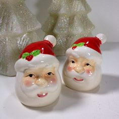 Vintage Retro Santa Claus Salt and Pepper Shakers Christmas