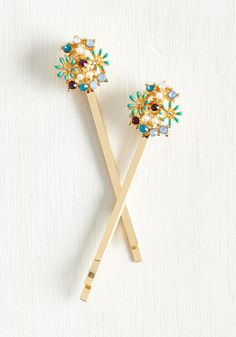 Strong Set of Florals Hair Pin Set. You keep your conduct cute and charming as can be, starting by accessorizing with these glistening hair pins. #gold #modcloth
