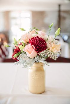 Charleston Weddings - Historic Rice Mill Building - Shannon Noel Photography - Wildflowers Inc, PaperDolls - Coastal Weddings - pale pink and cranberry