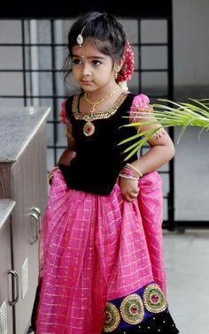 Beautiful pink and black Langa blouse. Indian Baby Girl, Kids Indian Wear, Kids Ethnic Wear, Baby Girl Dress Patterns, Baby Dress Design, Baby Girl Dresses, Baby Lehenga, Kids Lehenga, Kids Blouse Designs