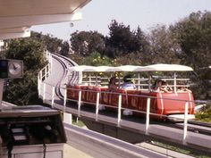 1960s tomorrowland terrace | Disneyland in 1979 (Anaheim California) - The People Mover..