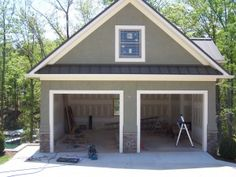 40 Best Detached Garage Model For Your Wonderful House More ideas below: How To Build detached garage ideas detached garage 2 Car With Loft plans Man Cave Man Cave Garage, Detached Garage Designs, Detached Garage Plans, 2 Car Garage Plans, Garage Boden, Carport Garage, Garage Workbench, Garage Exterior, Garage Doors