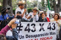 http://agenciamicphotopress.jimdo.com/fotos-del-d%C3%ADa/?logout=1  CARAVANA 43X43 LLEGÓ A LA CIUDAD DE MÉXICO PARA MITIN EN EL ZÓCALO