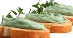Aprenda a preparar a receita de Patê de abacate e alho