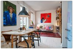 Art Symphony: Monkey Business in a Small Apartment