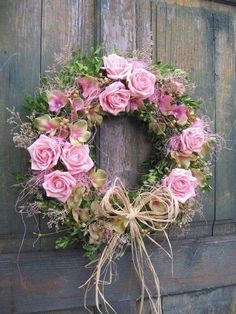shabby chic - pink roses wreaths save By Antonella Rossi Shabby Chic Kranz, Shabby Chic Wreath, Shabby Chic Pink, Shabby Chic Decor, Shabby Chic Crafts, Wreath Crafts, Diy Wreath, Door Wreaths, Wreath Ideas