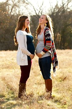 Pregnant Best Friends, Pregnant Sisters, 24 Weeks Pregnant, Pregnancy Photos, Maternity Photos, Sister In Law, Baby Bumps, Maternity Photography, Friend Pregnancy