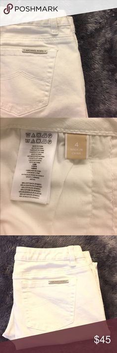 """Michael Kors Crop Jeans Reduced Size 4, waist 32"""", inseam 25"""" front rise 9.5"""", leg opening 5.5"""", cotton stretch blend, in excellent condition. Michael Kors Jeans Ankle & Cropped"""