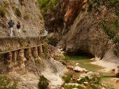 En pleno corazón de la comarca de Somontano de Barbastro, perteneciente al…