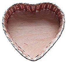 Here is a nice DIY project to weave a heart shaped basket with yarn and toothpicks. Isn't that pretty? It's very easy to make and no sophisticated skills or materials are needed. Once you finish weaving the basket, decorate it with shining beads and other ornaments to make it look gorgeous. …