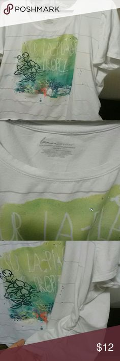 T-shirt Comfy T-shirt with design and rhinestones. Ruched sides. Lane Bryant Tops Tees - Short Sleeve