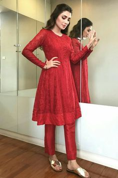 Gorgeous Ayeza Khan in Beautiful all red baby doll dress Styled by Aneela Murtaza Pakistani Formal Dresses, Pakistani Dress Design, Pakistani Outfits, Indian Dresses, Pakistani Frocks, Casual Party Dresses, Stylish Dresses, Simple Dresses, Beautiful Dresses