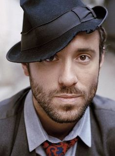 Charlie Winston-amazing musician and singer.