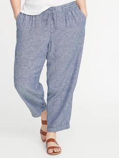 b36f93f32f Old Navy Women s Mid-Rise Plus-Size Straight Linen-Blend Cropped Pants  Chambray Blue Plus Size 1X