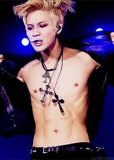 The 23 sexiest shirtless moments in K-pop | SBS PopAsia